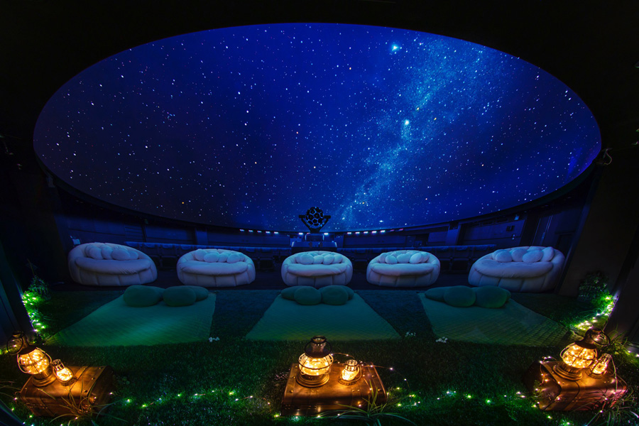 A Planetarium Where You Can Go To Sleep And An Aquarium In The Night Etc Comfortable Even On Hot Days 10 Cool Spots In Tokyo Welcome2tokyo
